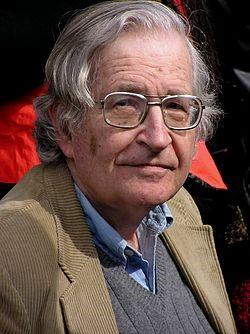 https://upload.wikimedia.org/wikipedia/commons/thumb/b/bb/Noam_Chomsky%2C_2004.jpg/250px-Noam_Chomsky%2C_2004.jpg